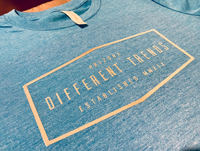 Different Trends Diamond est MMXIX - T-shirt - Different Trends