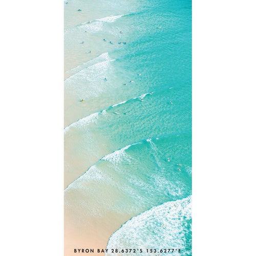 Byron Bay Lineup | Location - Byron Bay, Australia 28.6372°S 153.6277°E