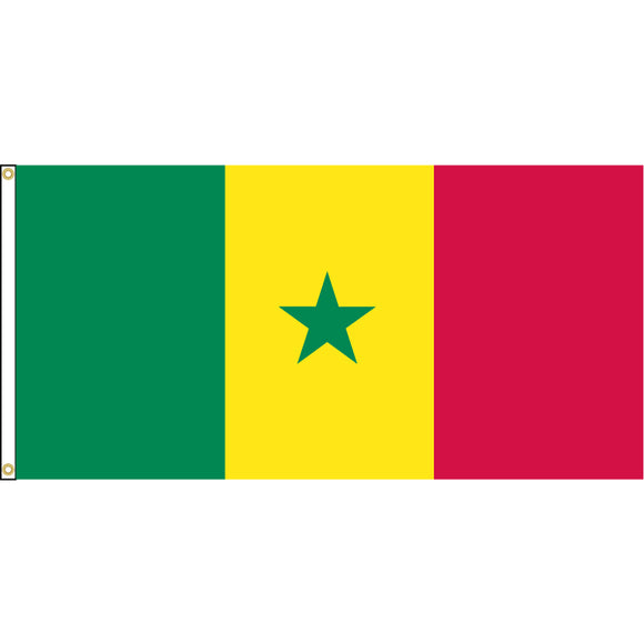 Senegal Flag with header and grommets.