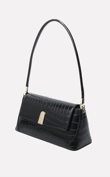 https://www.viarosa.ie/collections/accessories/products/gabriella-single-strap-90s-style-handbag-with-gold-clasp-black