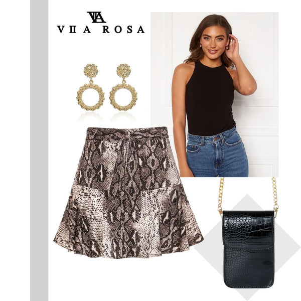 This is an image of the sadie snakeskin skirt styled with our gold hoop earrings, our Leah Black ribbed tank top and our Naomi Small Black Handbag