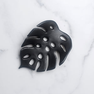 Ruby Farms – Monstera Leaf Soap Dish (Black)