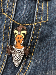 "Beyonce ""Nefertiti"" Hard enamel pin"