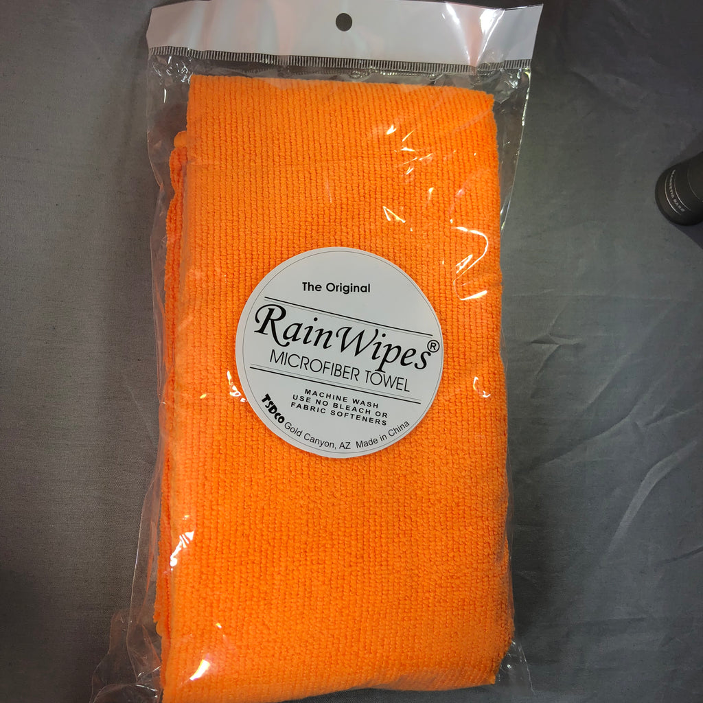 20610 RainWipes PetWipes 24'' x 16'' Orange (100/Case)