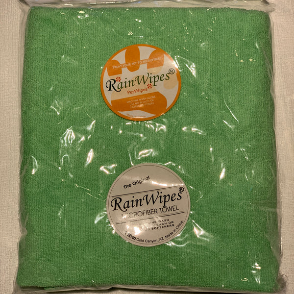 20616 RainWipes PetWipes 36'' x 24'' Green (50/Case)