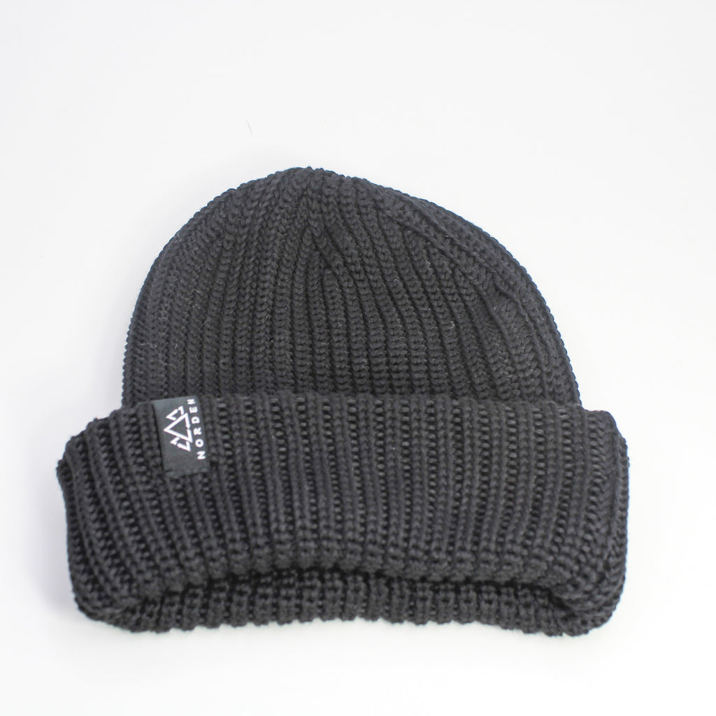 Nisse Rib Knit Recycled Beanie Black