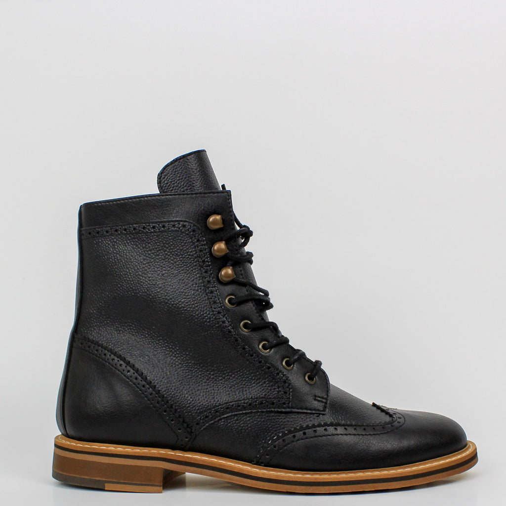 Brogue Boots Black