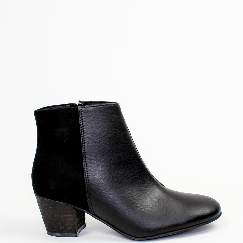 Nina Ankle Boots Black