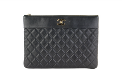Black Sheepskin Mademoiselle O Case