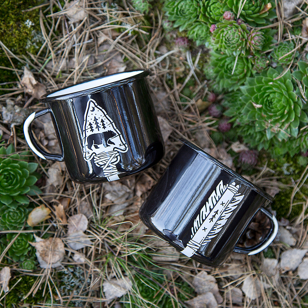 2 ENAMEL COFFEE MUGS | ARROW