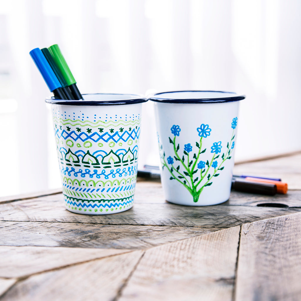 2 ENAMEL TUMBLERS WITH 3 MARKERS | PLAIN