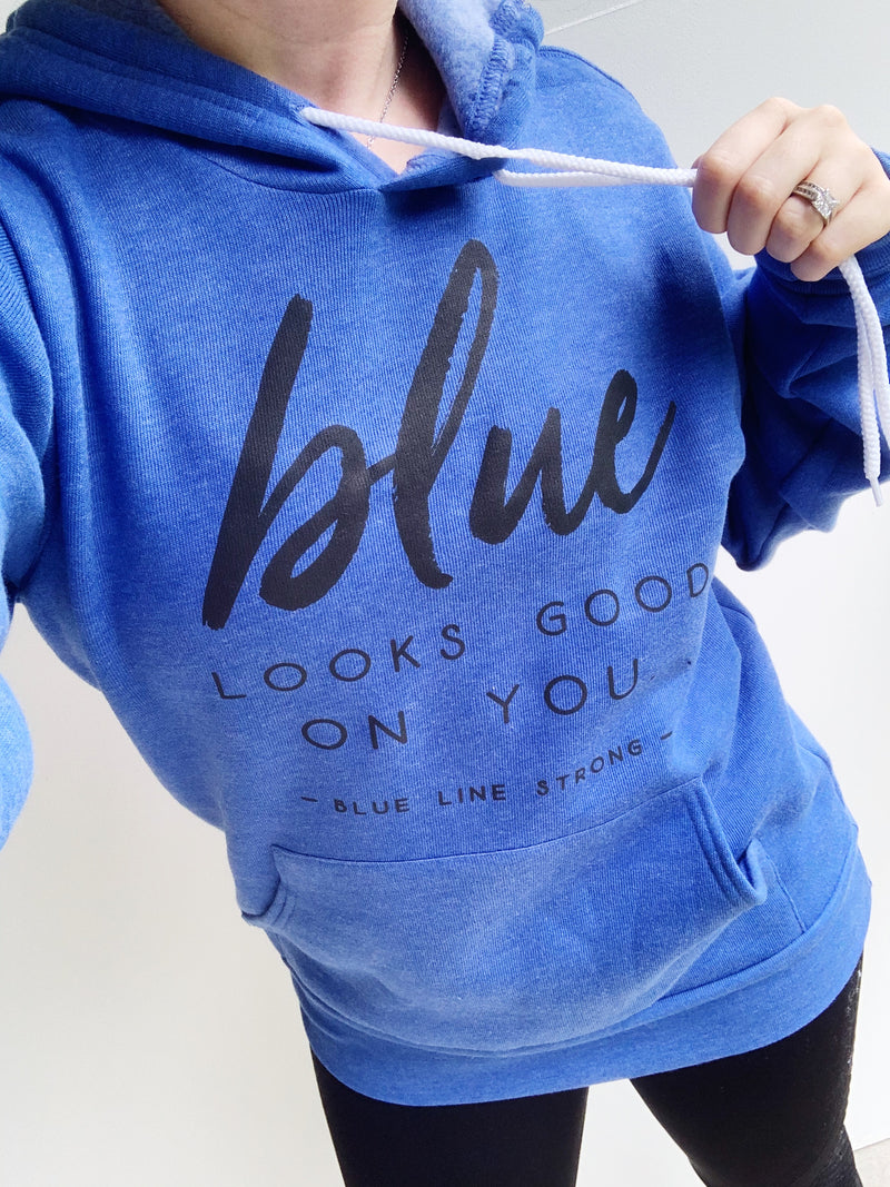 Blue Looks Good On You © Unisex Pullover Hoodie (Black + Royal Blue Heather)