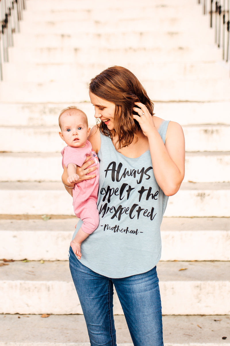 Always Expect The Unexpected © Women's Scoop Tank (Denim + Black)