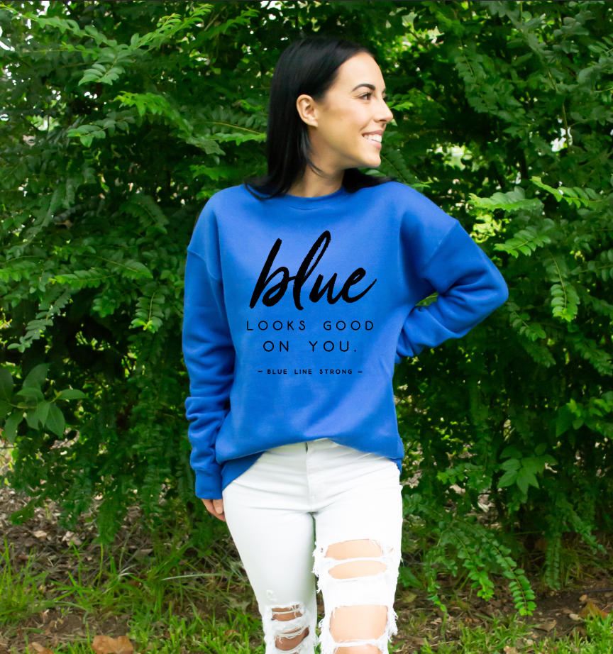 Blue Looks Good On You © Unisex Crewneck Sweatshirt (Black)