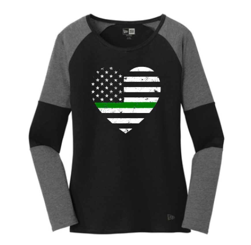 Grunge Flag Heart Ladies Colorblock Baseball Tee (Thin Green Line + Graphine/Black)