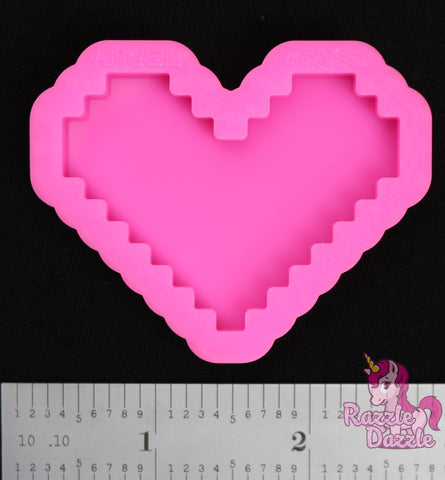 Pixelated Heart Mold