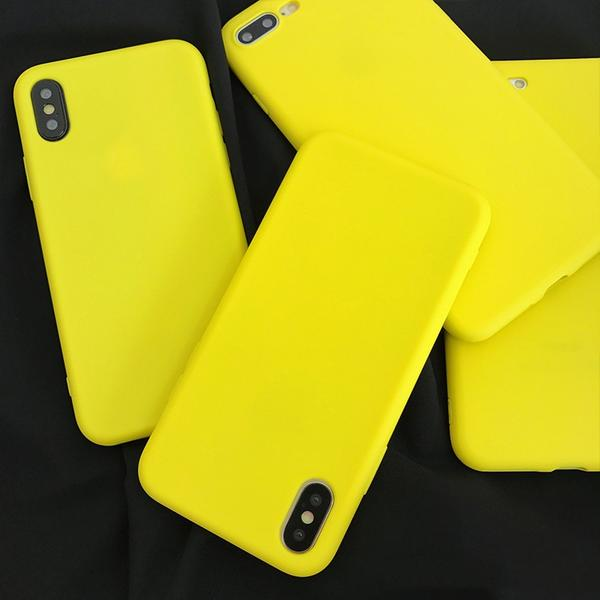 Coque en silicone souple ultra slim de couleur mate jaune citron pour iPhone XS