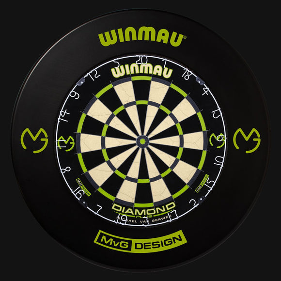 Winmau MvG Edition Black Surround