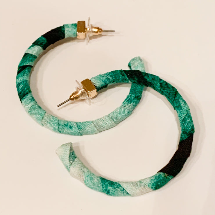 Fabric wrapped hoop earrings (Green)