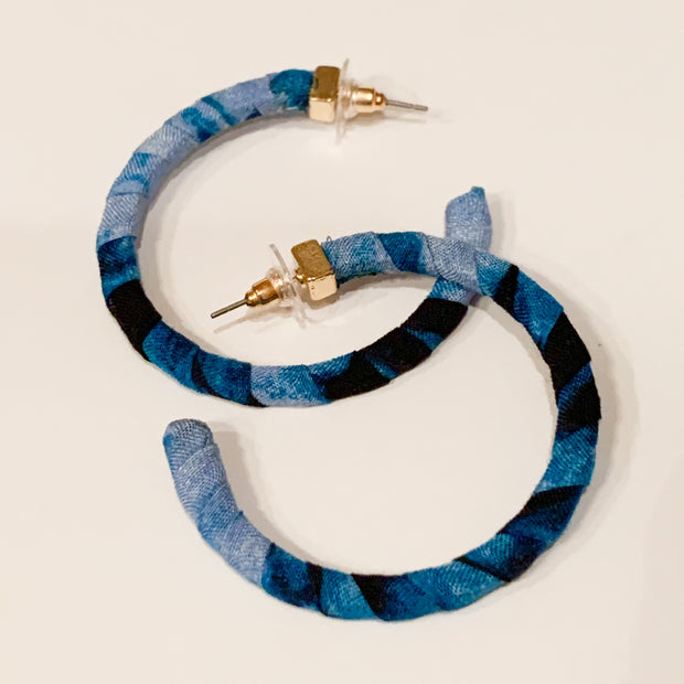 Fabric wrapped hoop earrings (Blue)