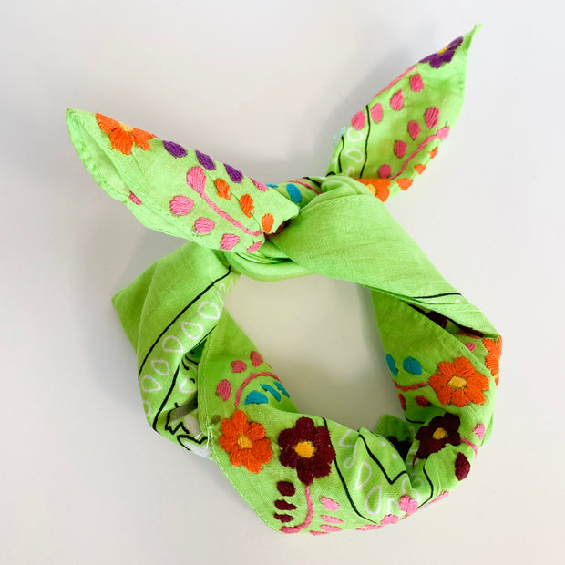 Neck scarves with Flowers (Assorted colors)