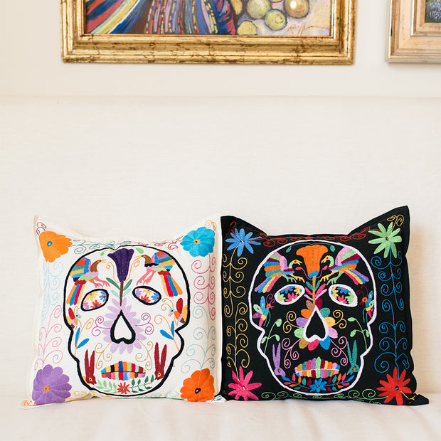 Skull Pillow (White)