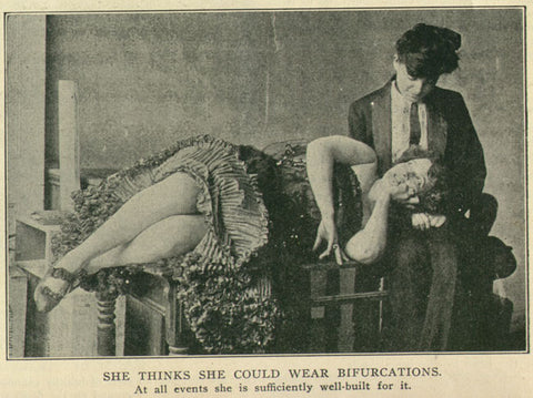 image from 1903 of female couple in butch and femme clothing of the time