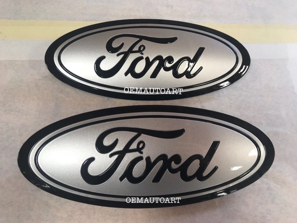 2015-2016-2017-2018-2019 Ford Genuine Parts F-150 Custom Painted Grille & Tailgate Oval- Gloss Black (UA)/ Gloss Ignot Silver (UX) | OEMAUTOART