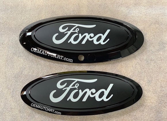2017-2019 Ford Genuine Parts Super Duty Grille/Tailgate Oval Set (With Camera) - Gloss Black/Flat Black/White
