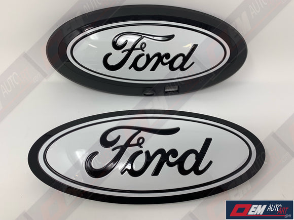 2015+ Ford Genuine Parts F-150 Custom Painted Grille & Tailgate Oval W/ Camera- Gloss Black (UA)/ Gloss Oxford White (YZ)