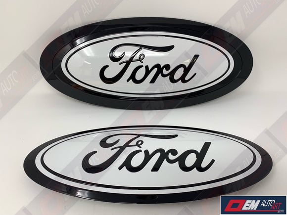 17+ Custom Ford F-Series Super Duty F-250/ F-350/F-450/F-550 Grille/ Tailgate Ford Oval Set - Gloss Black (UA)/ Oxford White (Z1) | OEMAUTOART