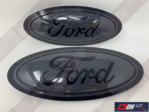 2015+ Ford Genuine Parts F-150 Custom Painted Grille & Tailgate Oval- Gloss Black (UA)/ Gloss Gray