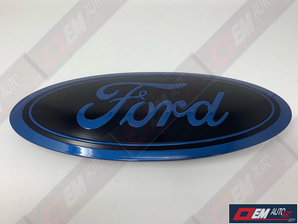2017-2019 Ford Genuine Parts Super Duty Custom Painted Tailgate Oval - Gloss Ford Performance Blue (FM)/ Semi Gloss Black