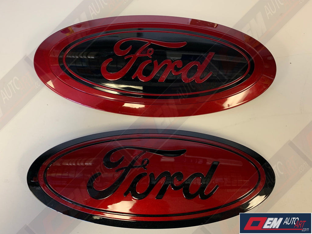 2017-2019 Ford Genuine Parts Super Duty Grille/Tailgate Oval Set - Gloss Ruby Red (RR)/ Gloss Agate Black (UM)