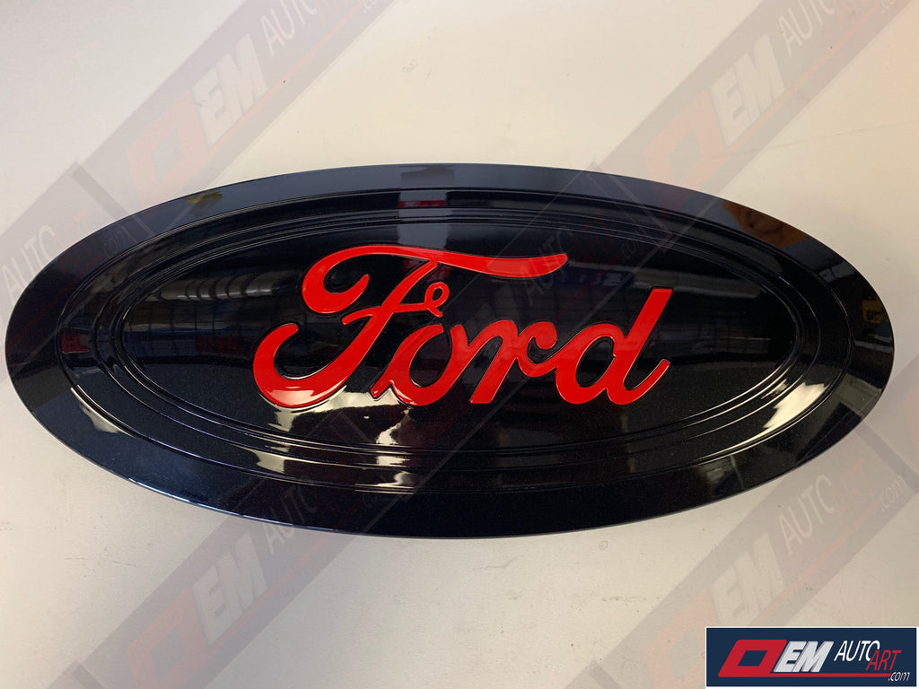 "2017-2019 Ford Genuine Parts Super Duty Custom Painted Tailgate Oval- Gloss Black (UA) with ""FORD"" in Gloss Race Red (PQ) / Gloss Race Red (PQ) ""Ford"""