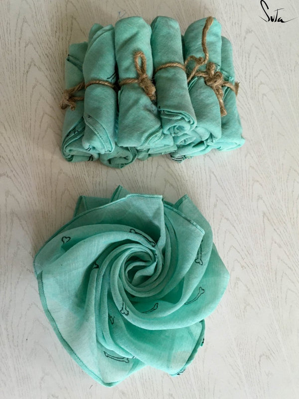 Green bones in my pocket ( Handkerchief ) - suta.in