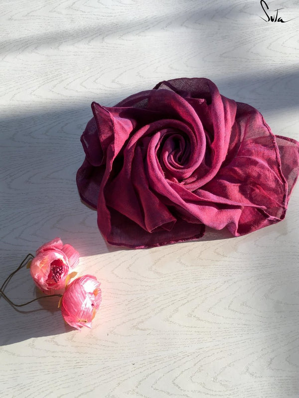 Rose in my pocket (handkerchief) - suta.in