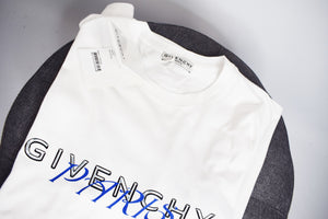 GIVENCHY PARIS CALLIGRAPHIC PRINTED T-SHIRT - Product code: BM70WW3002-100