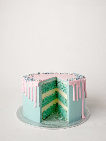 Gender reveal drip cake cutout