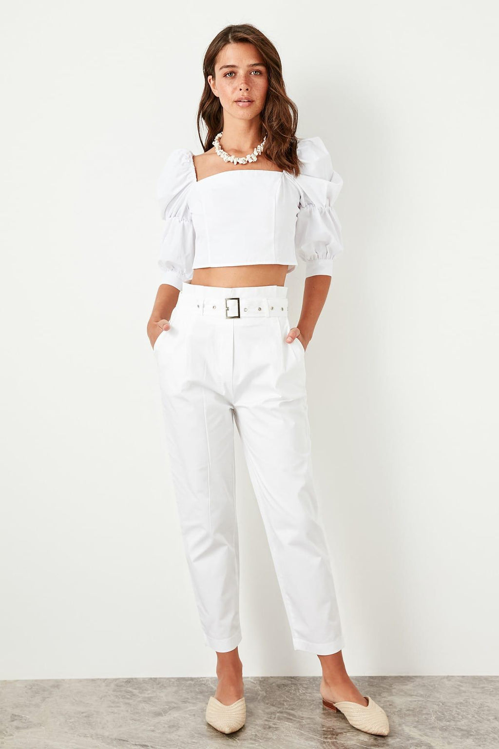 White High Waist Loose with Belt Detail Pants