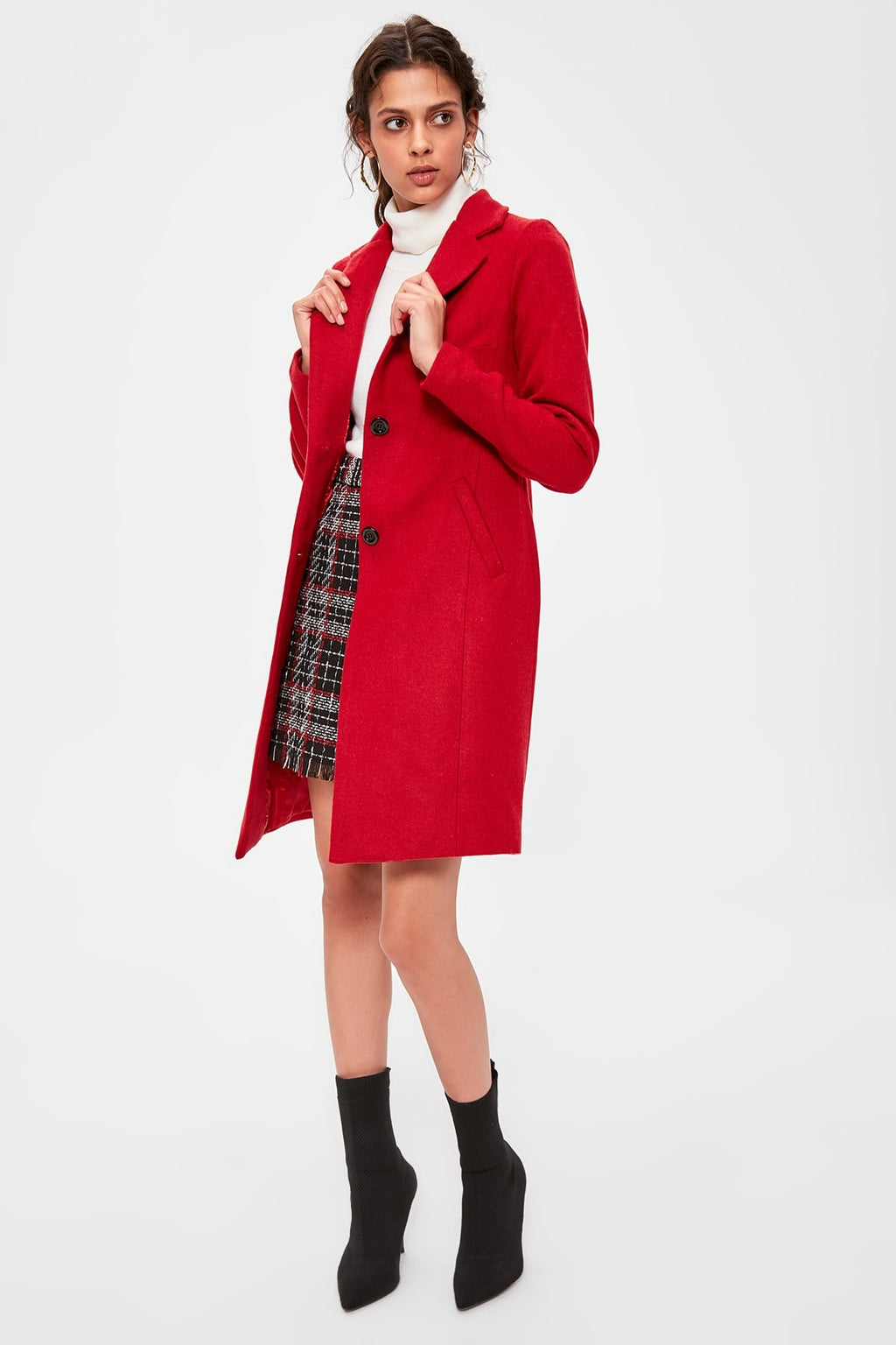 Red Collar Detailed Coat