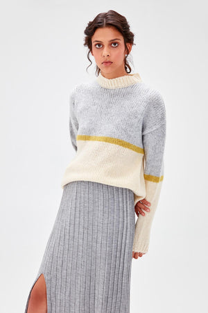 Ecru Colorblock Sweater - emuuz.com