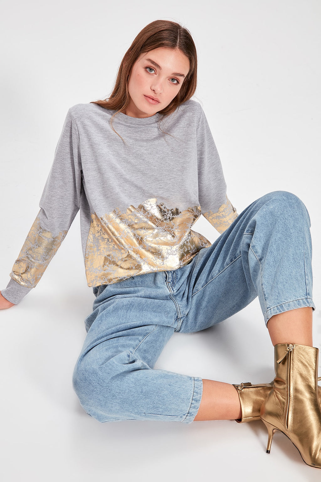 Gray Leaf Knitted Sweatshirt