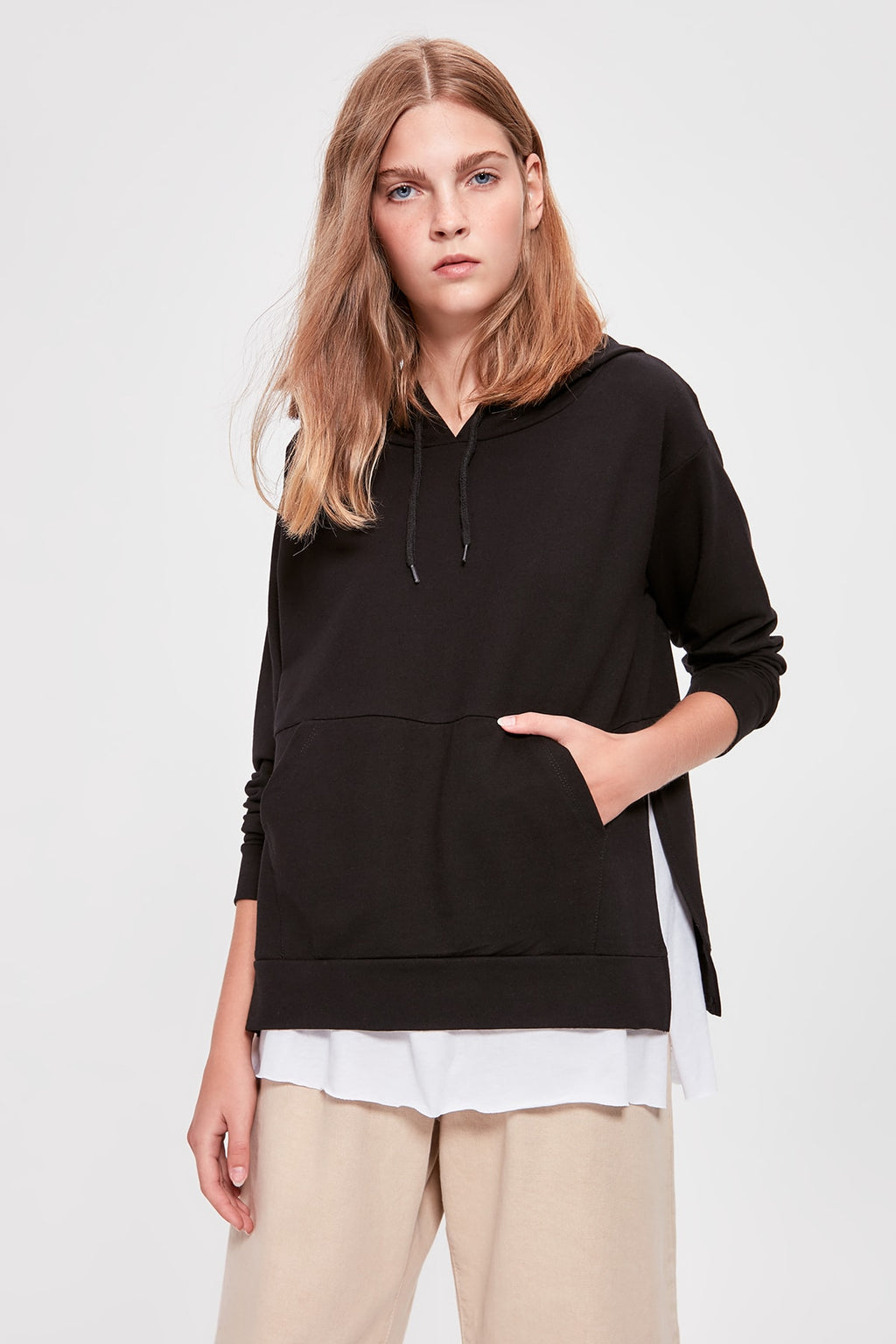 Black Hooded Knitted Sweatshirt