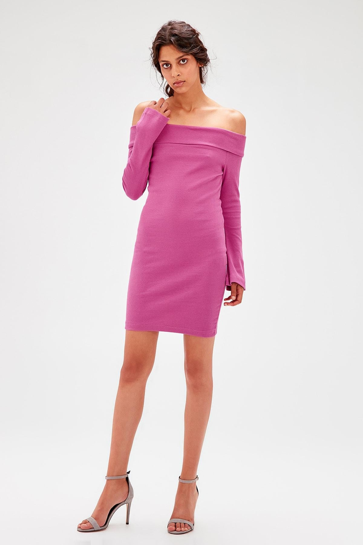 Pink Carmen Collar Knitted Dress - emuuz.com