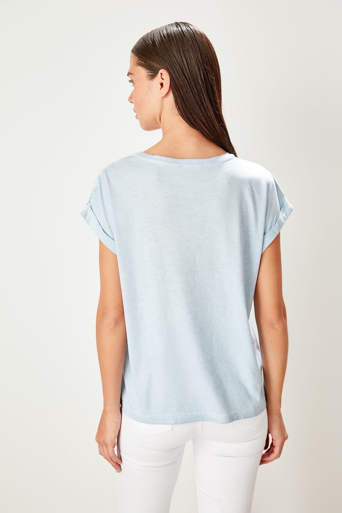 Blue Embroideries Flushing Basic Knitted T-Shirts - emuuz.com