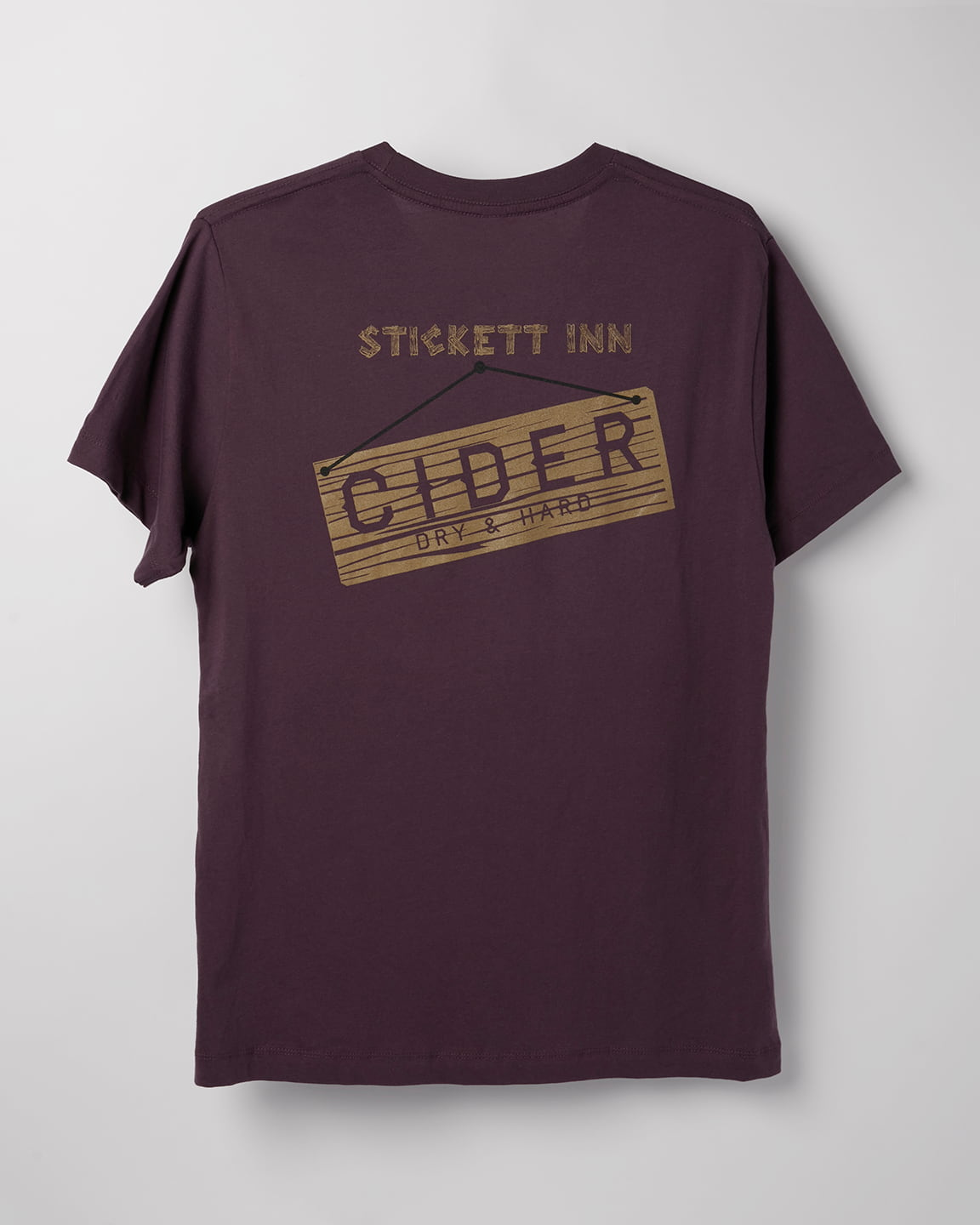 Stickett Inn Plum – T-shirt