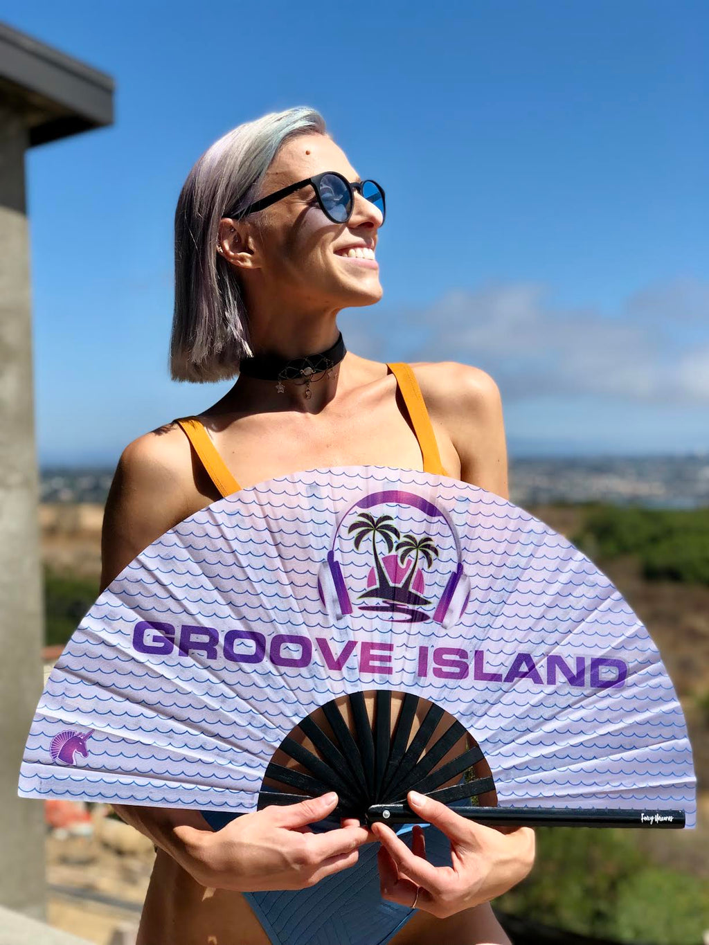 Groove Island Wave Bamboo Fan