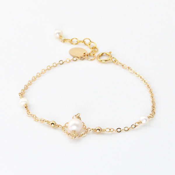 Womens 14K Gold Bracelet Charm Pearl Beaded Bracelets for Women