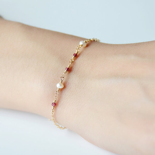 Tiny Garnet and Pearl Bead Bracelet in 14K Gold Handmade Jewelry Accessories Women